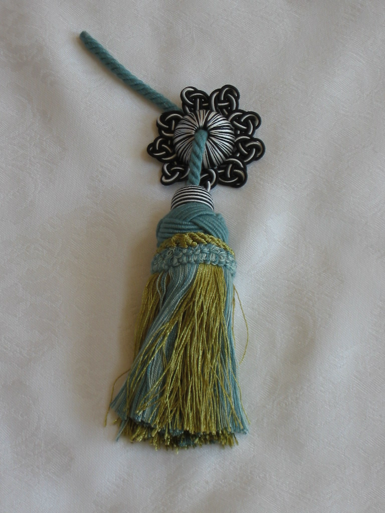 Decorative Pillows With Tassels : HARDEN MACKENZIE CHILDS DECORATIVE TASSELS TRIM For Pillows Upholstery Blue Gree eBay